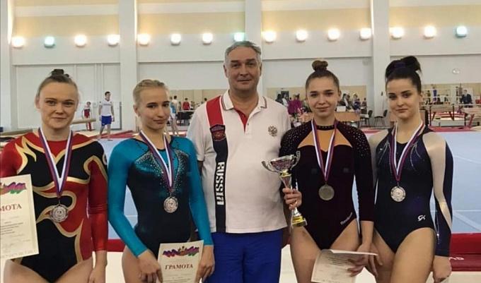 Гимнастки из Армавира стали серебряными призёрами чемпионата Краснодарского края